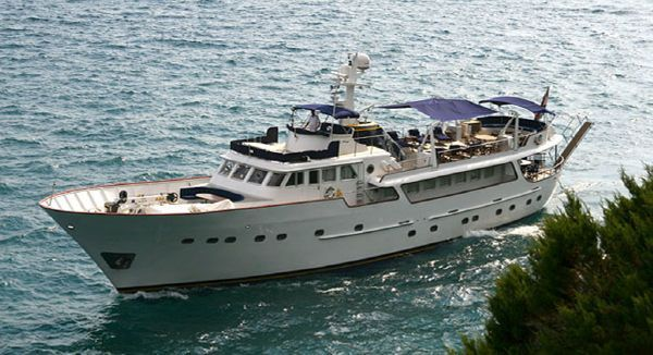Benetti 34m Port View 1