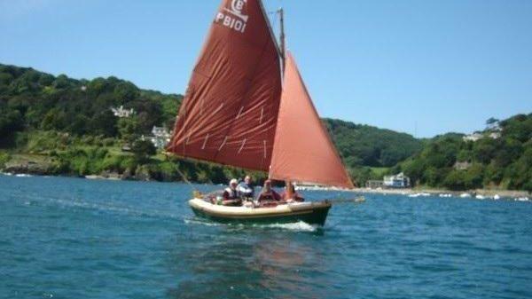 Character Boats Post Boat 14