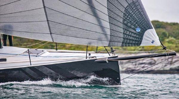 J Boats J/121 image