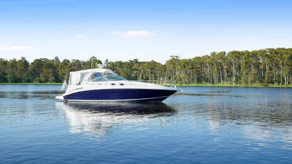 Sea Ray 360 Sundancer