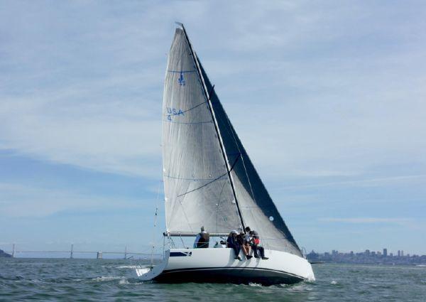 J Boats J/99 image