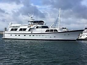 Burger 86' Raised Pilothouse