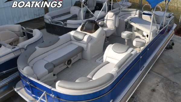 Avalon Catalina 25 Entertainer Sterling