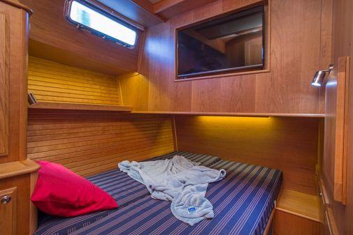 Sabre 45 Salon Express image