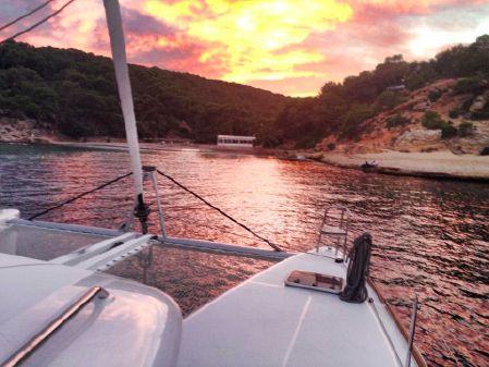 Lagoon 450 image