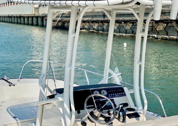 Boston Whaler 210 Montauk image
