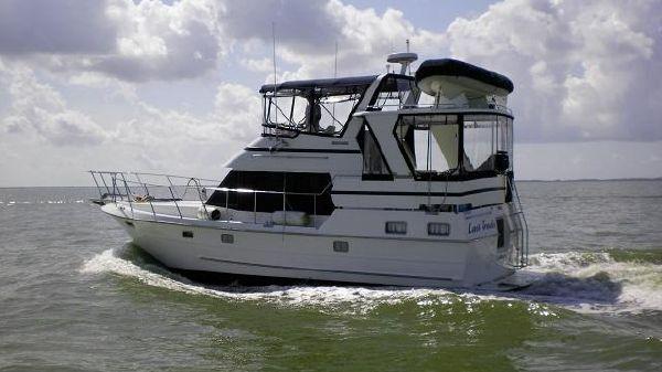 Heritage East Sundeck Motoryacht Last Trade port profile web1.jpg