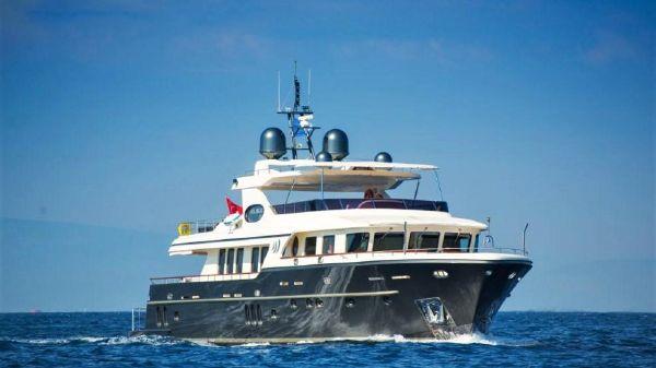 SES Yachts Custom Trawler Yacht 94