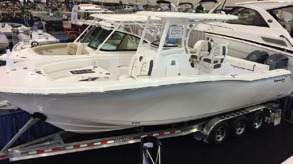 Tidewater 280 CENTER CONSOLE