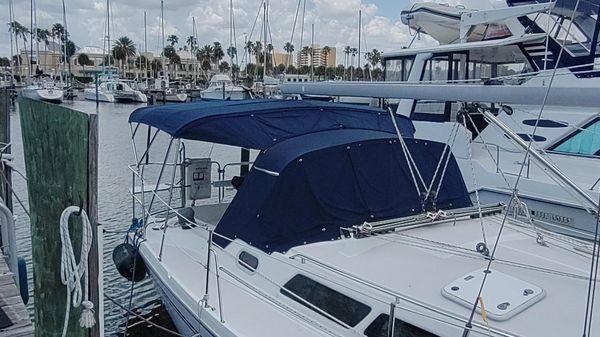 Catalina 350 Cruiser