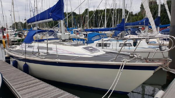 Westerly Storm 33 Home marina berth