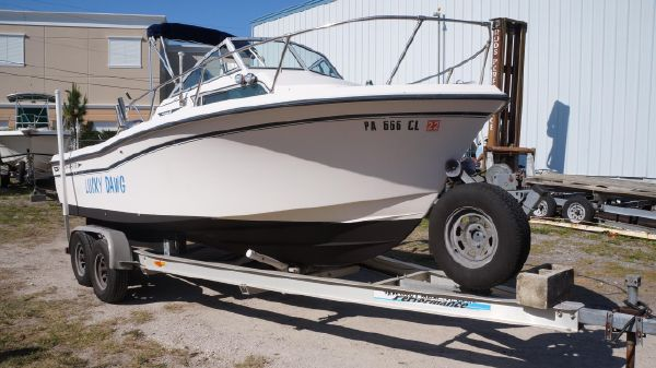 Grady-White 208 Adventure with 2018 Yamaha 150 Four Stroke