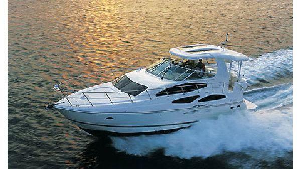 Cruisers Yachts 455 Express Motoryacht