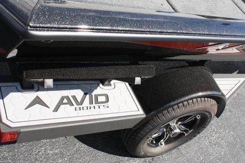 Avid 18XB Pro image