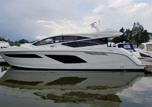 Sea Ray L550 image
