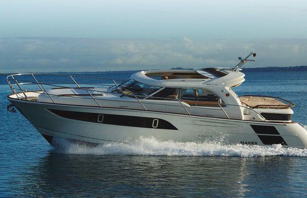 2019 Marex 373 Aft Cabin Cruiser