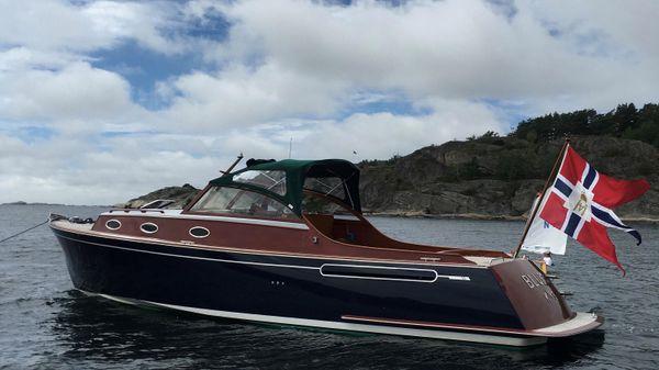 Wolstenholme Cruiser 38