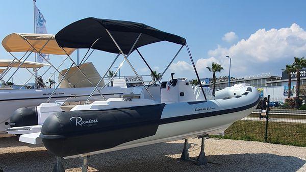 Ranieri Cayman 21