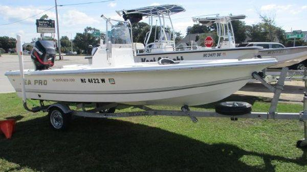 Sea Pro SV1500CC Bay Boat