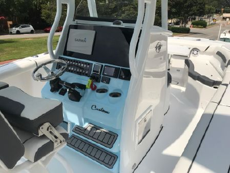 Tidewater 272 CC Adventure Custom image
