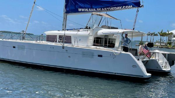 Lagoon 450 F