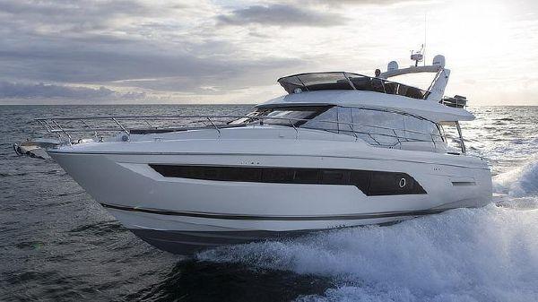 Prestige Yachts 630 Flybridge Port Side Running