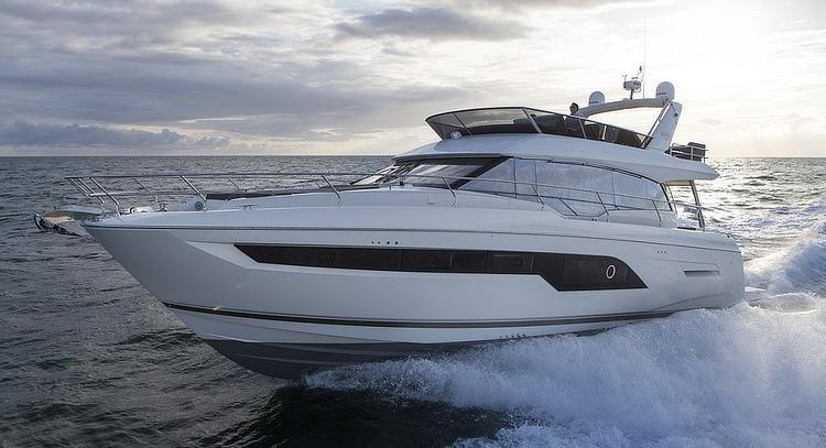 2017 Prestige Yachts 630 Flybridge