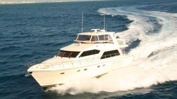 Hampton 630 PH Motoryacht Sistership Photo