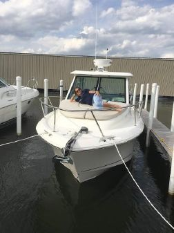 Boston Whaler 285 Conquest image