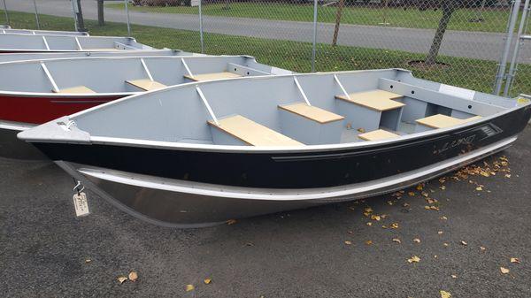Lund SSV14 Camp Walleye Boat B10429