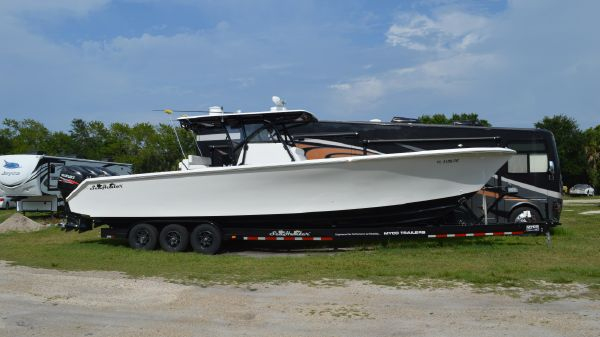 SeaHunter Tournament 37 Boats For Sale - Worldwide Yacht Sales in
