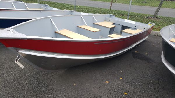 Lund SSV14 Camp Walleye Boat B10431