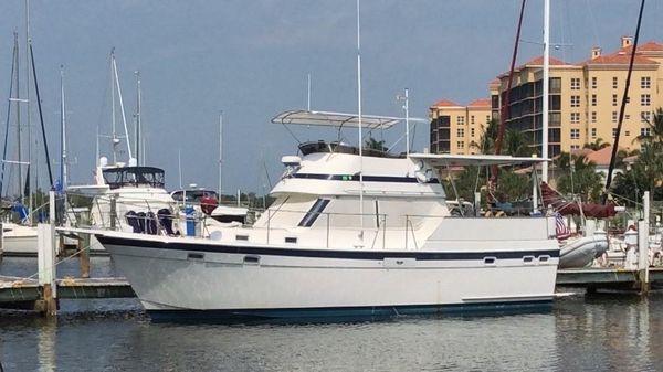 Gulfstar 38 Sun Deck Motor Cruiser / Trawler At the marina