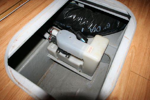 Silverton 35 Convertible image