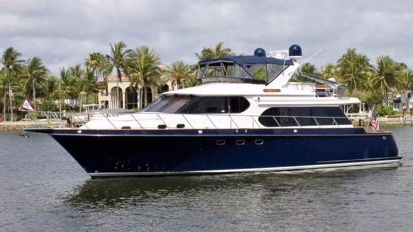 Ocean Alexander 610 Pilothouse Profile
