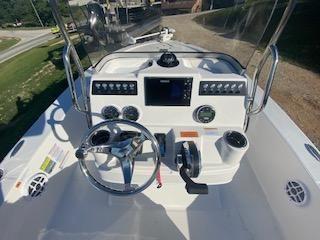 Robalo 206 Cayman image