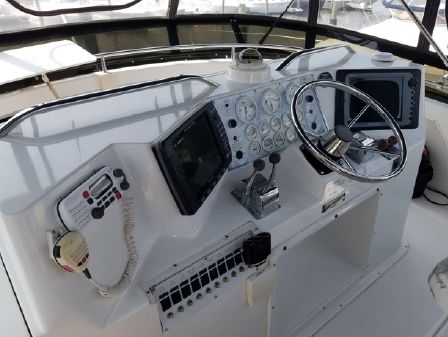 Catalina 34 Islander image