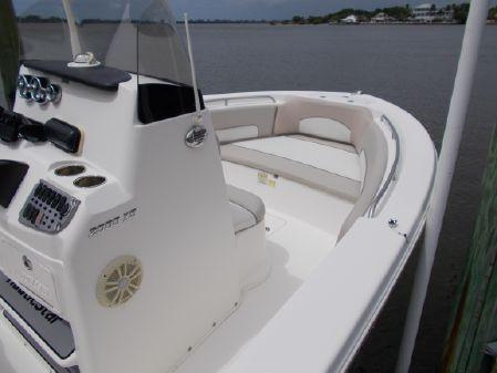 NauticStar 2000 XS image