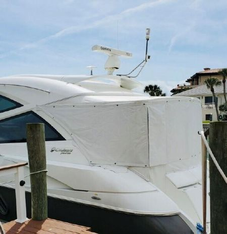 2014 Cruisers Yachts Brokerage Sell
