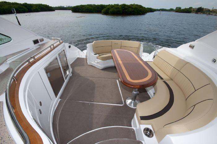 2014 Cruisers Yachts Brokerage New England