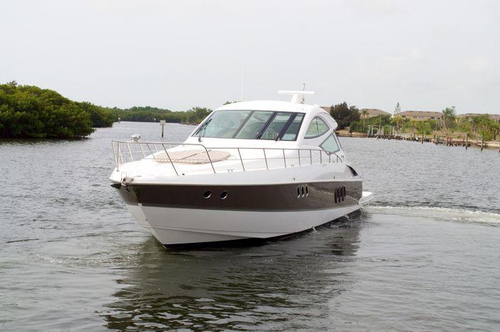 2014 Cruisers Yachts BoatsalesListing New England