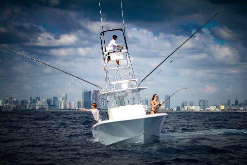 Contender 39 Fisharound image