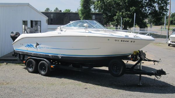 Sea Ray Laguna 21 Dual Console