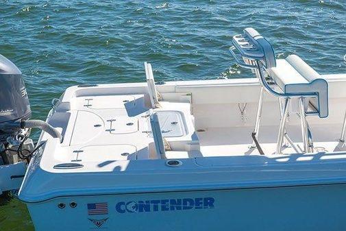 Contender 25 Bay image