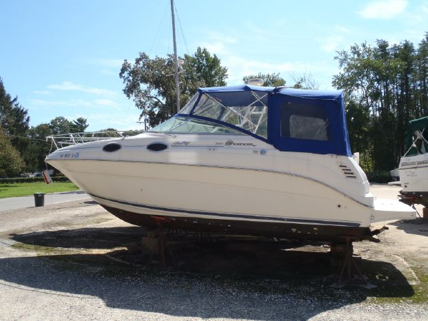 2000 Sea Ray 240 Sundancer Forked River, New Jersey - Cast