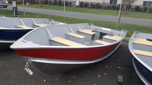 Lund SSV14 Camp Walleye Boat B10428