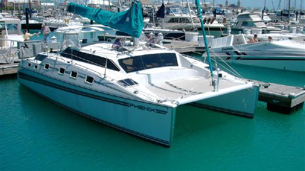 PDQ 32 by PDQ Yachts