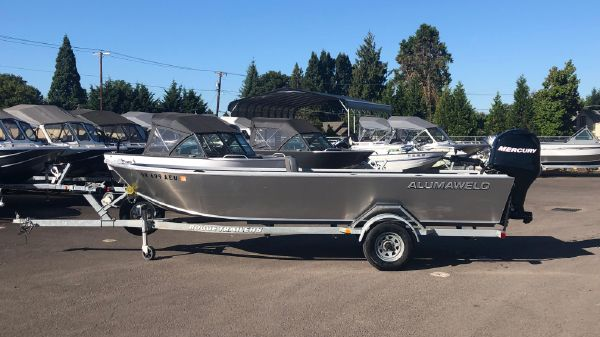 Used Boats For Sale - Maxxum Marine