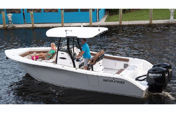 2018 Sea Pro 259 Center Console