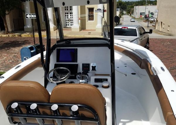 Sea Pro 259 Center Console image